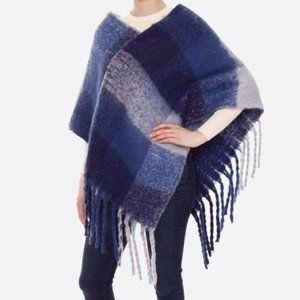 NWT VERY Soft!! Fuzzy Knit Color Block Poncho w/ Tassels One Size Fits Most
